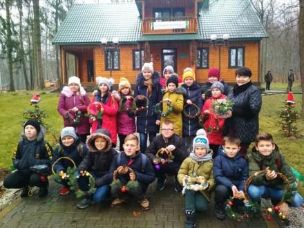 На Волині у лісівничому молодіжному центрі тривають передріздвяні майстер-класи