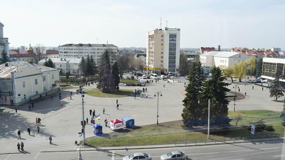 Який вигляд матиме Театральний майдан у Луцьку