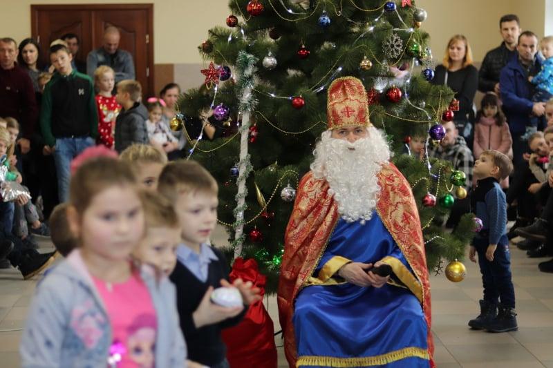 На Волині 180 дітей отримали матеріальну допомогу