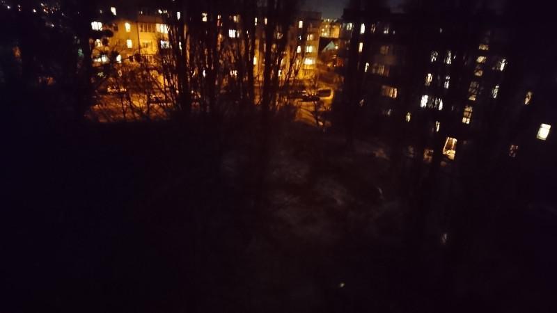 У Луцьку скаржаться на відсутність освітлення біля будинків