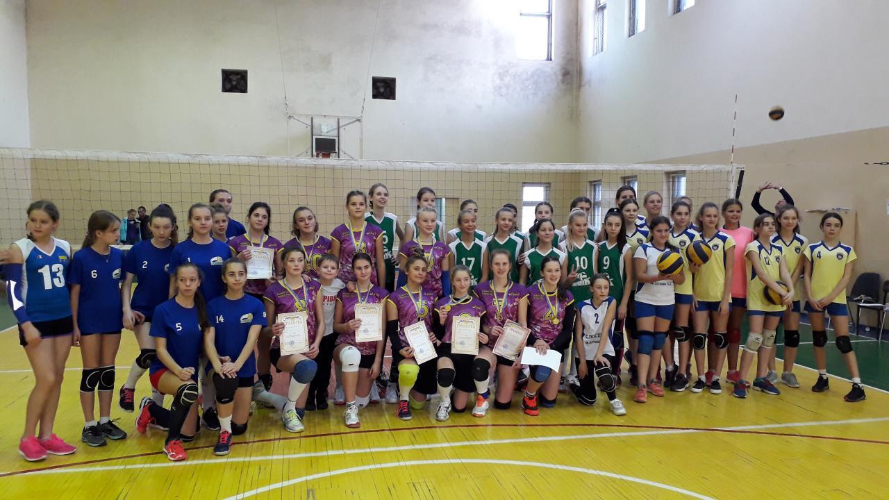 Волинські волейболістки повернулися з перемогою з одеського новорічного турніру