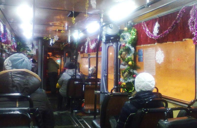 Як у новорічну ніч у Луцьку курсуватиме транспорт. ГРАФІК