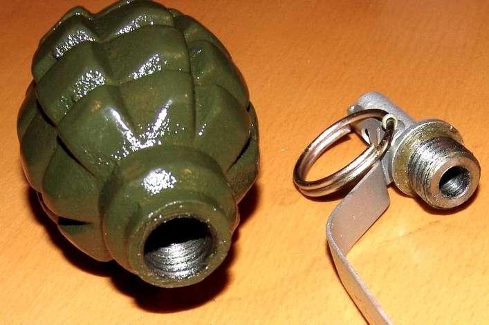 На дверях квартири у Луцьку виявили муляж гранати