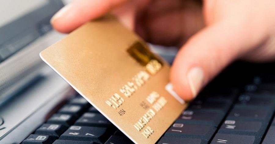 На Волині чоловік викрав із квартири одномістянина банківську картку та зняв з неї гроші