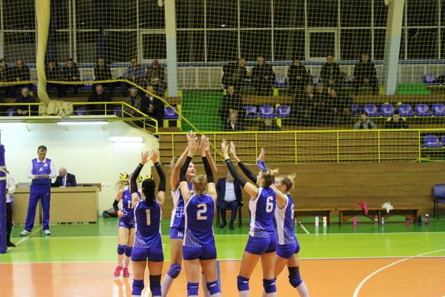 Волинська волейбольна команда здобула перемогу над рівненською