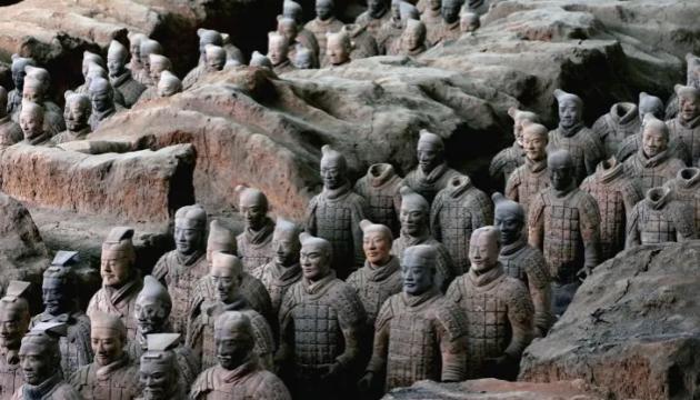 У Китаї знайшли ще 200 воїнів із Теракотової армії
