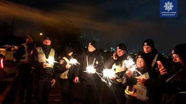 Бійки, крадіжки, домашнє насильство: як минула новорічна ніч у волинських патрульних