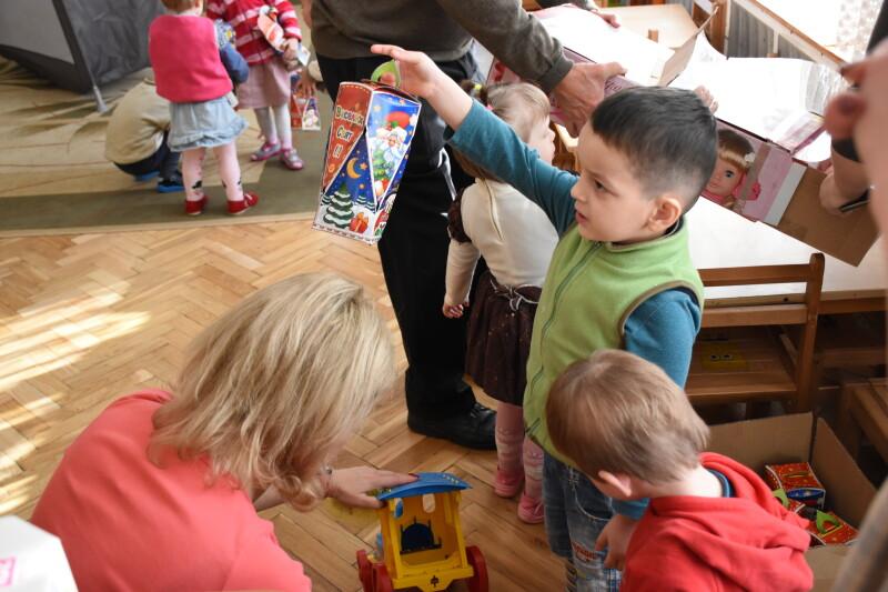 Вихованців Волинського обласного спеціалізованого будинку дитини привітали з різдвяними святами