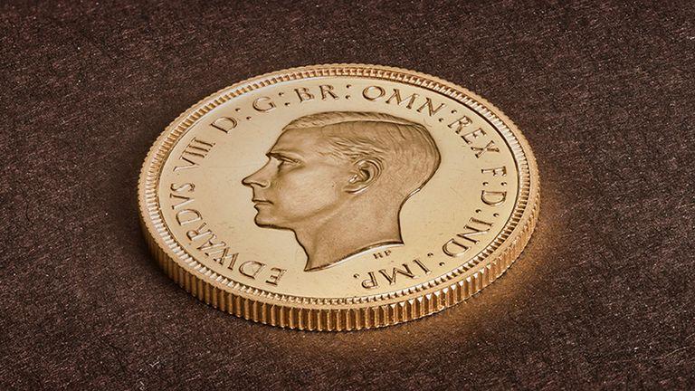У Британії рідкісну монету продали за мільйон фунтів