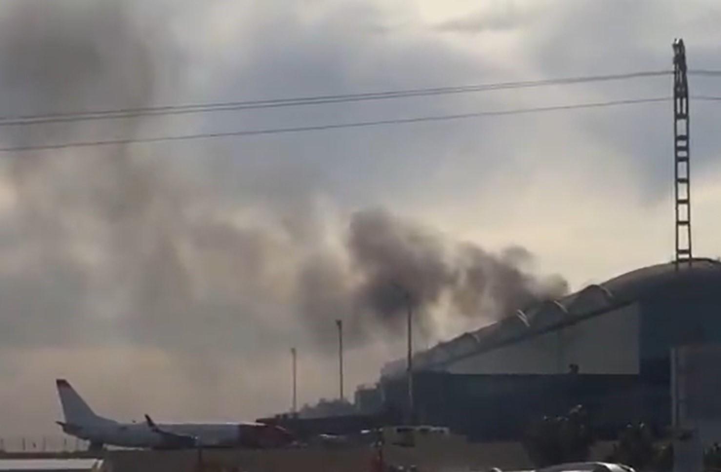 В Іспанії сталася пожежа в терміналі аеропорту. ВІДЕО