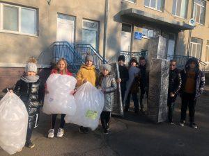 Волинські школярі організували благодійну акцію та купили хворим дітям сухий басейн