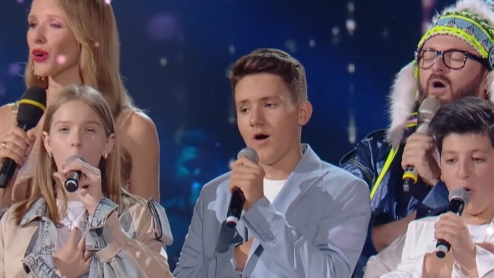 Волинянин з українськими зірками заспівав Гімн України у новорічну ніч