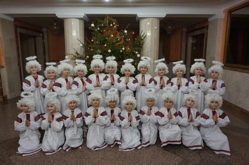 У Луцьку відбувся різдвяно-новорічний концерт «І сталось диво»