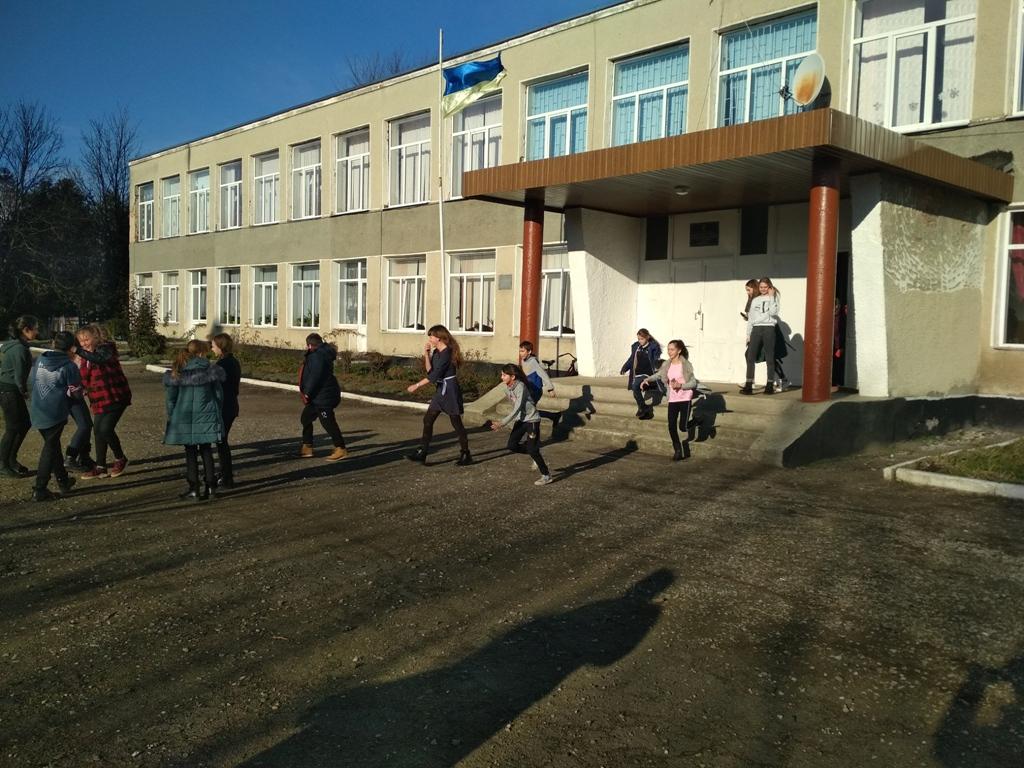 На Волині рятувальники провели позапланові перевірки закладів освіти