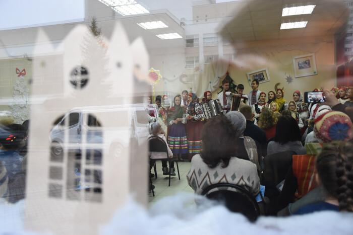 «Різдвяну майстерню» урочисто закрили вивченням традиційних місцевих колядок