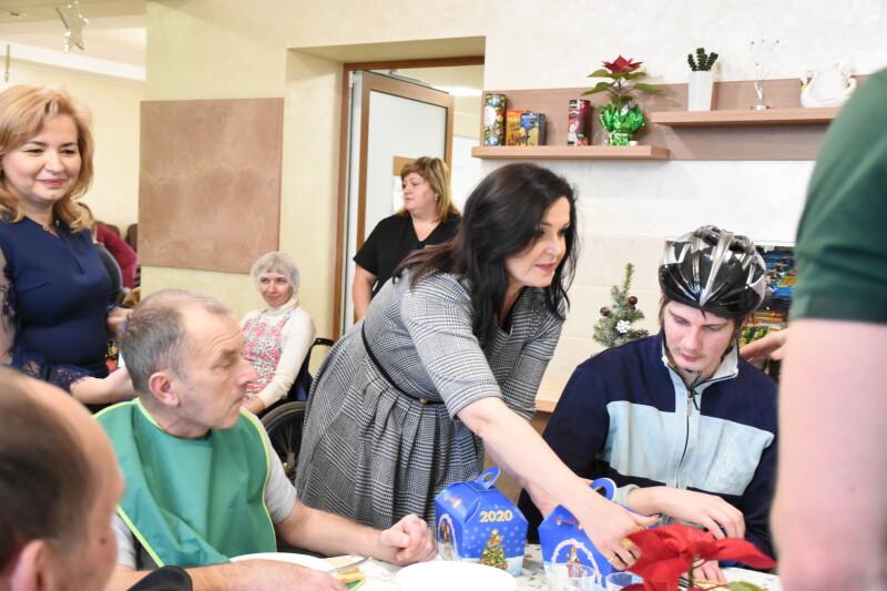 Відвідувачів реабілітаційного комплексу «Агапе» поблизу Луцька привітали із різдвяними святами