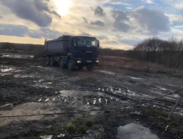 Скандальну ділянку на Ковельській у Луцьку заблокують бетонними блоками
