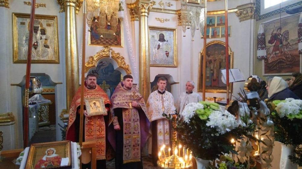 У село на Волині привезли частинку мощей великомучениці Варвари