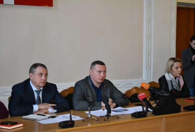 Голова Волинської ОДА зустрівся із підприємцями «Центрального ринку»