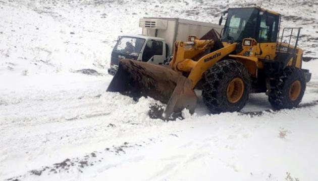 У Туреччині снігопад заблокував 30 населених пунктів