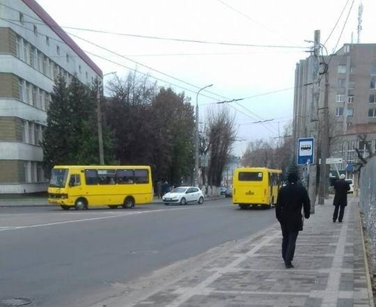 У центрі Луцька продали комунальну ділянку