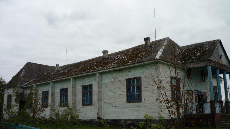 На Волині просять завершити ремонт будинку культури