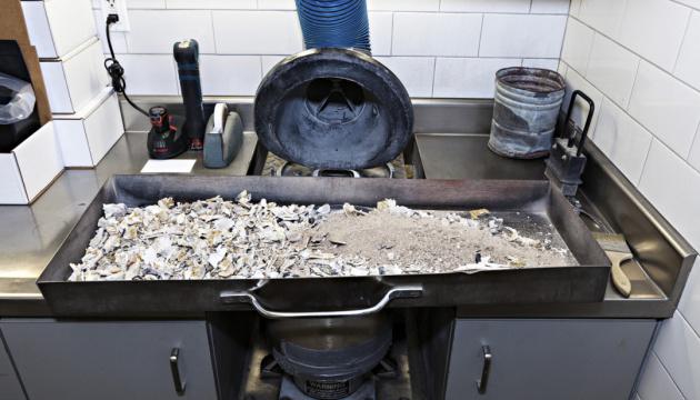 У Китаї тіла померлих від коронавірусу спалюватимуть у спецкрематоріях