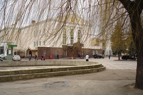Палац культури Луцька витратить понад півмільйона на нерегулярні перевезення