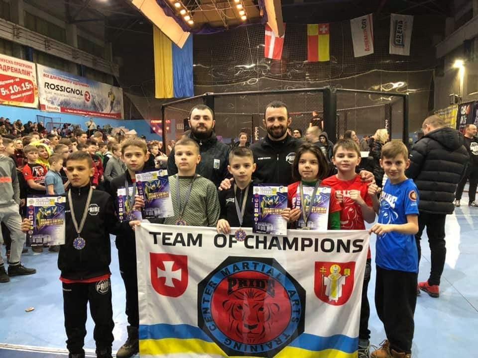 Молоді спортсмени Волині вибороли призові місця на чемпіонаті області зі змішаних єдиноборств ММА