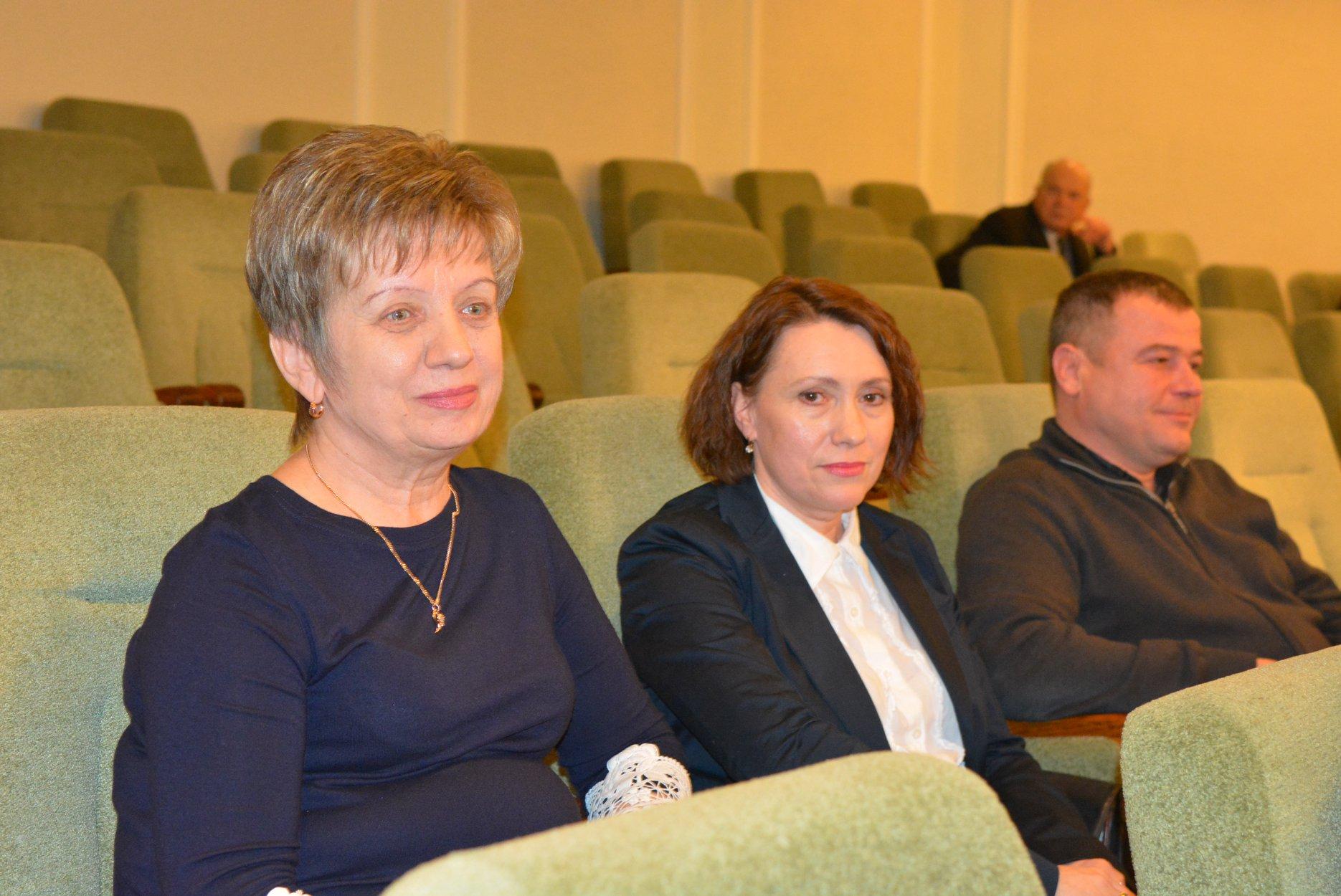 Депутати облради призначили керівників кількох комунальних закладів