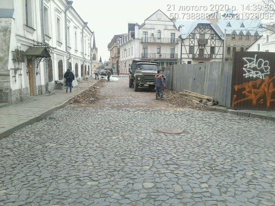У Луцьку розблокували рух вулицею Кафедральною