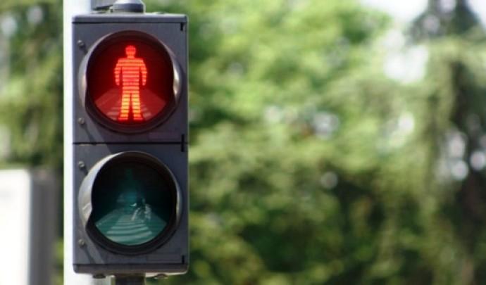 Навпроти Волинської обласної дитячої лікарні просять встановити світлофор