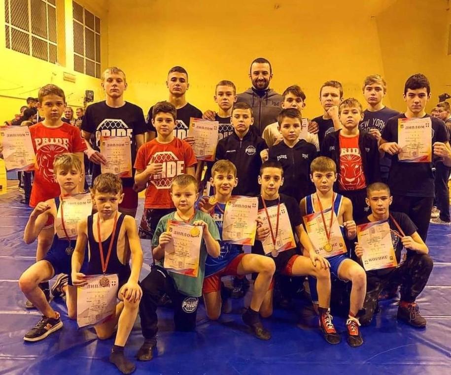 Юні бійці з Волині стали чемпіонами України з вільного козацького бою