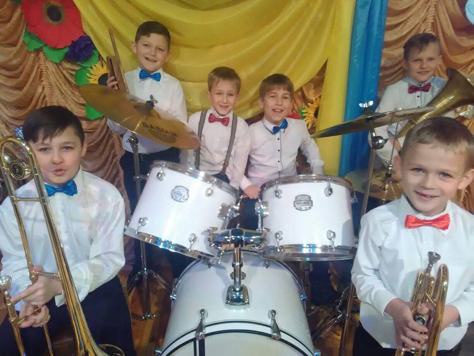 Дитячий духовий оркестр на Волині шукає музикантів