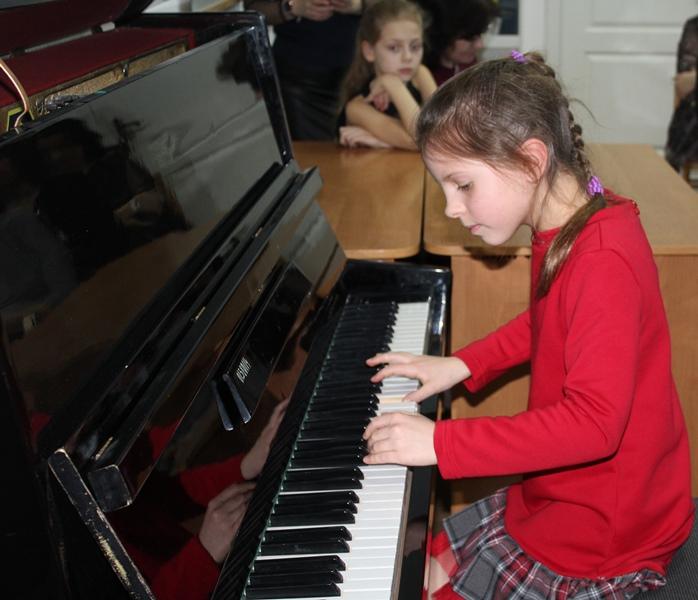 У Луцьку школярі знайомилися із творчістю Шопена