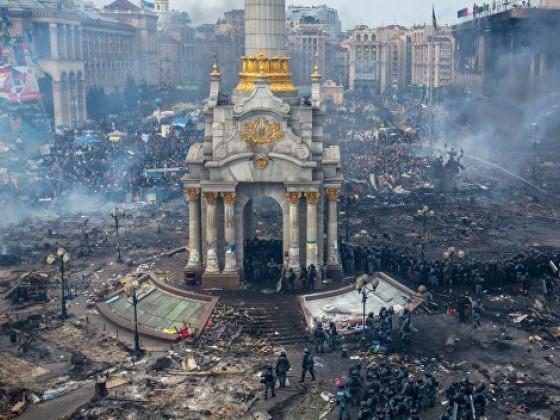 Родини Героїв звертаються до Зеленського й Разумкова через антимайданівський реванш
