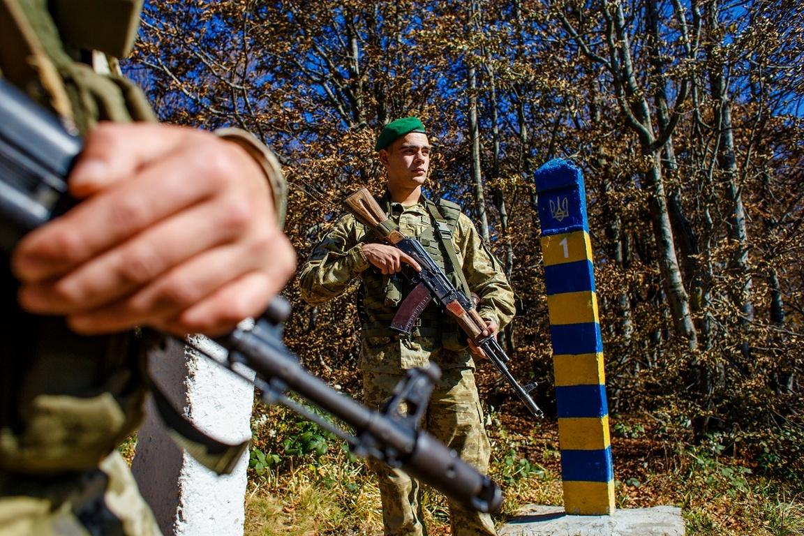 На Волині з попереджувальними пострілами прикордонники затримували порушників