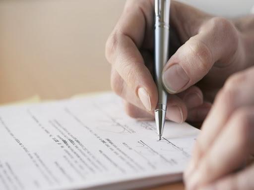 Волинського підприємця судитимуть за підроблення документів