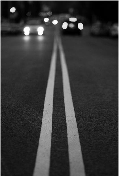 У Луцьку скаржаться на дорогу без розмітки