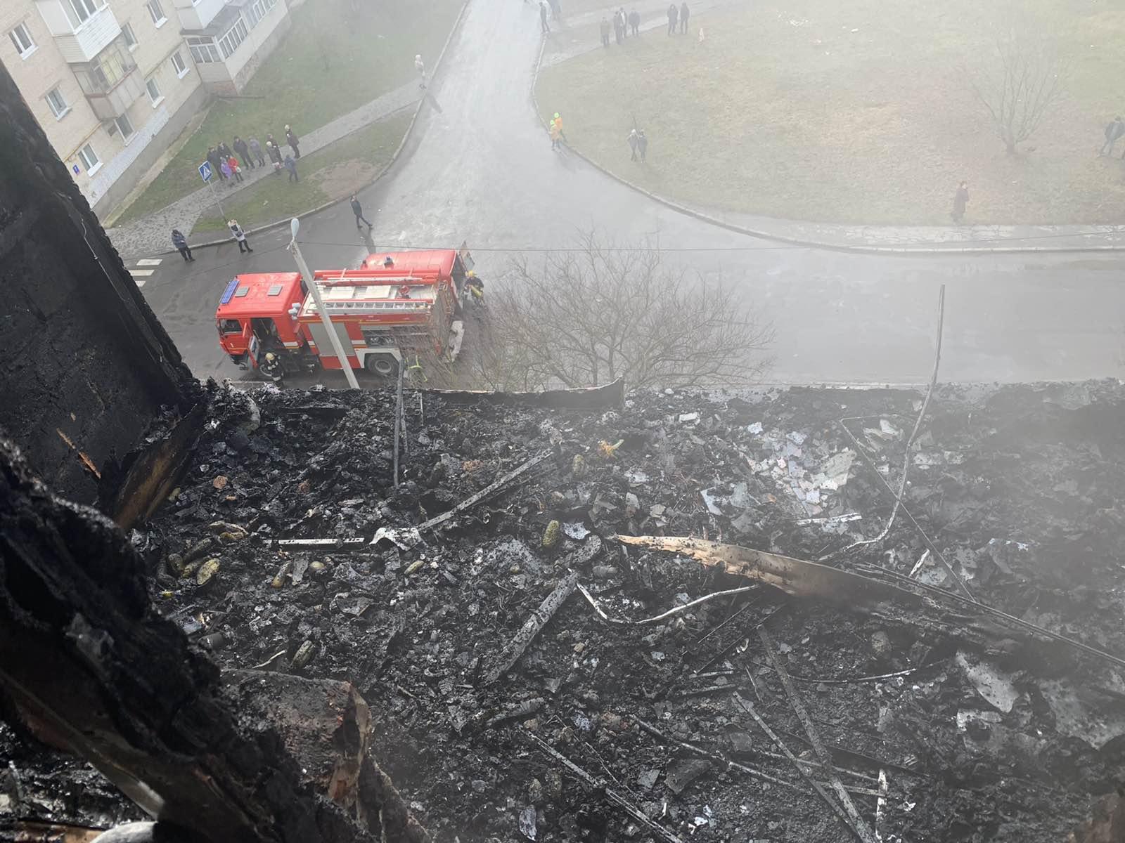 Як у Луцьку рятували дитину під час пожежі. ВІДЕО