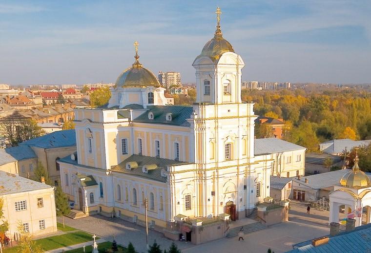 У Волинській єпархїі ПЦУ пояснили, як церква працює в умовах карантину