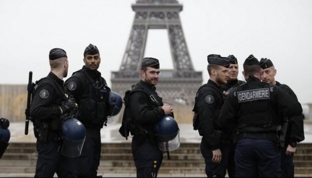 Франція іде на карантин
