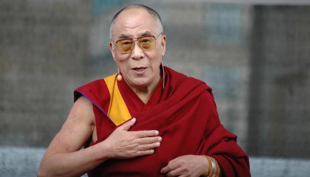 Далай-лама поділиться їжею та ліками з бідними в Індії під час пандемії
