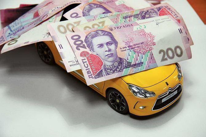 Місцеві бюджети на Волині отримали понад 700 тисяч від власників дорогих авто