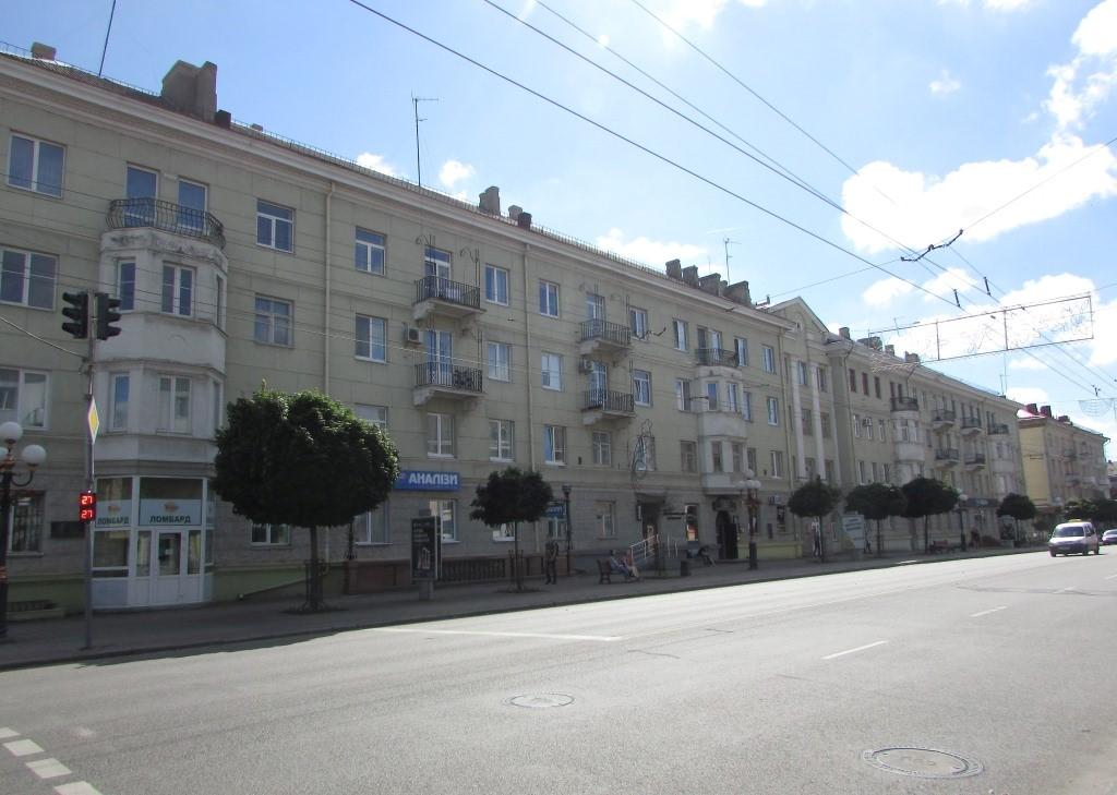 Будинки-«сталінки»: переваги та недоліки