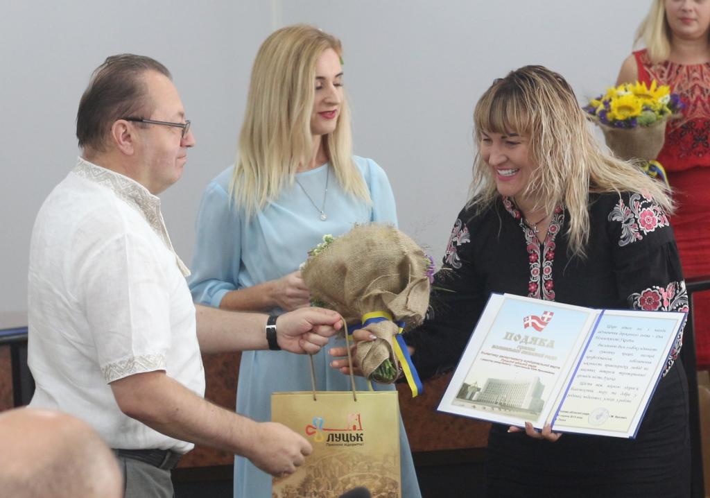 Декларація очільниці муніципалів Луцька: понад 300 тисяч зарплати, 100 тисяч готівкою, два авто та нерухомість