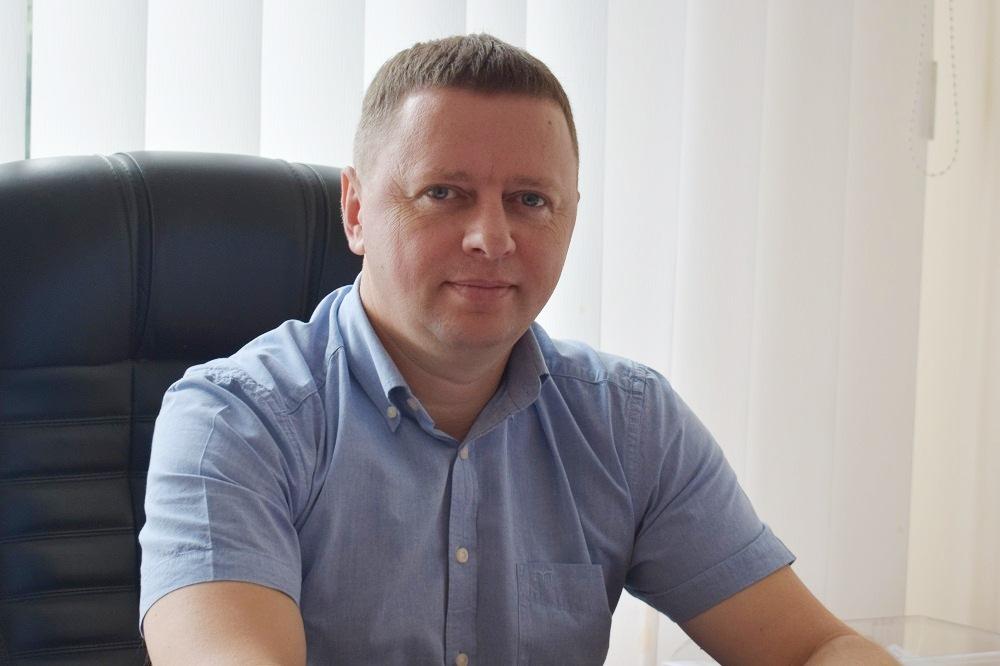 Статки директора ДКП «Луцьктепло»: 10 ділянок, нове авто та допомога з безробіття