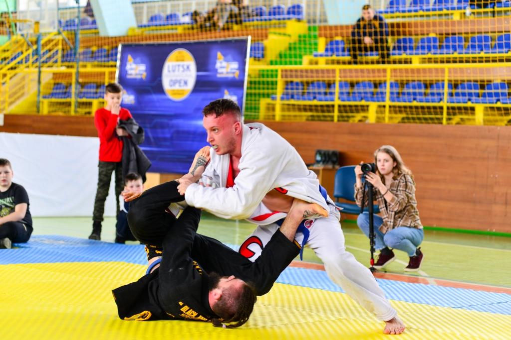 У Луцьку відбувся перший у 2020 році чемпіонат із бразильського джиу-джитсу