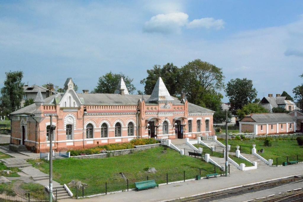 Депутат Волиньради хоче, аби центр нового повіту на Волині був у Маневичах