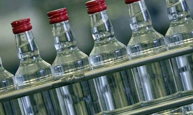Судитимуть лучанина, який виготовляв та збував контрафактний алкоголь